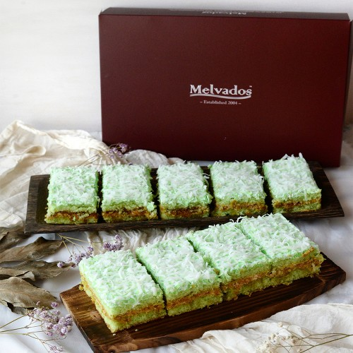 Ondeh Ondeh Tray Cake - 4pcs